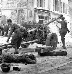 "French commandos from ""bataillon de choc"" capture a German 75-mm PaK 40"