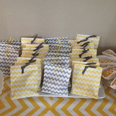 New Ideas For Baby Shower Ides Elephant Theme Grey Chevron Baby Shower Drinks, Baby Shower Brunch, Baby Shower Cakes, Baby Shower Parties, Baby Shower Themes, Baby Shower Decorations, Shower Ideas, Baby Shower Chevron, Baby Shower Yellow