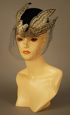 BES-BEN PILLBOX HAT with BEADED BIRDS, 1940s.  ZOMG!  I need this!