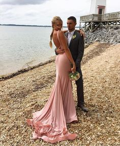 Who else is excited to show off their prom dress?! Jovani 37592…