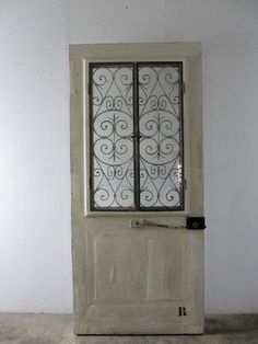 antique door with ironworks/アンティーク扉 アイアン飾り入り - boncote | アンティークドアの直輸入 建具大量在庫