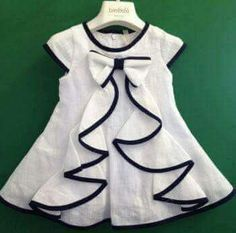 Comfortable new baby frock design idea/ easy stich at home baby frock Baby Girl Frocks, Kids Frocks, Frocks For Girls, Girls Dresses Sewing, Dresses Kids Girl, Kids Outfits, 50s Dresses, Dress Girl, Elegant Dresses