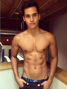 Marvin Cortes Is it hot in here or is it just him  Hand me a glass of water because the thirst is too real #mcm