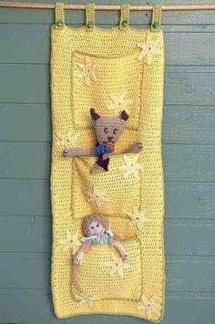 Free crochet pattern - Super Storage Pockets by Helen Ardley in Rowan All Seasons Cotton: http://www.mcadirect.com/shop/rowan-all-seasons-cotton-p-35.html
