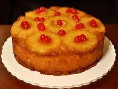 This cake is so gooey and delicious - it is irresistible. You will have a treasure of a recipe if you use this recipe for How to Bake Pineapple Upside-Down Cake. How to Bake a Pineapple Upside-Down Cake: Crockpot Dessert Recipes, Crock Pot Desserts, Köstliche Desserts, Delicious Desserts, Cake Recipes, Kitchen Recipes, Dinner Recipes, Baked Pineapple, Pineapple Cake