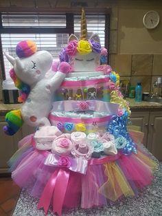 Unicorn nappy diaper cake Baby Shower Diapers, Baby Shower Fun, Baby Shower Cakes, Baby Boy Cakes, Baby Shower Gifts, Baby Showers, Baby Gifts, Boat Diaper Cake, Diy Diaper Cake