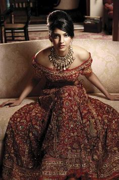 A A I N A - Bridal Beauty and Style: The Bride's Lookbook: Sonam Kapoor in L'Officiel India - October 2007