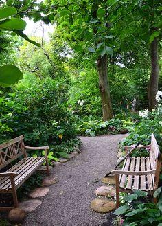 seating arrangement from Garden Walk Garden Talk