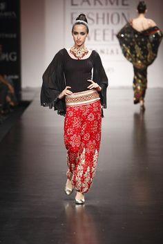 Anita Dongre's pet jewellery project Salwar Kameez, Kurti, Lehenga, Saree, Eclectic Taste, Anita Dongre, S 10, Indian Couture, Animal Jewelry