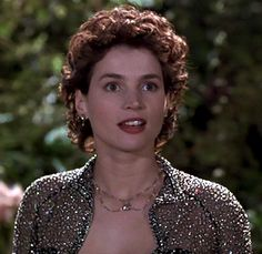 Here's another Julia Ormond picture! I love how her perm looks here!