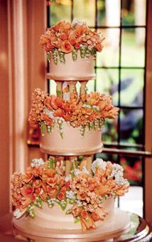 covered in sugarpaste copper-colored calla lilies and blush-colored roses designed to match the bride's bouquet Beautiful Wedding Cakes, Gorgeous Cakes, Pretty Cakes, Amazing Cakes, Unique Cakes, Elegant Cakes, Creative Cakes, Just Cakes, Orange Wedding