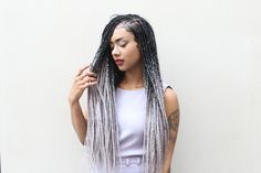 Catface Hair Black Grey Ombre Jumbo Braiding Hair by Mariette Immaculate. Shop ombre braiding hair online for boxbraids, ropetwists, fauxlocs and afro hairstyles.