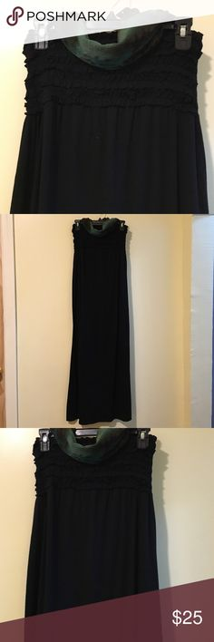 """Long sleeveless dress This dress is simple but yet stylish you can dress it up with statements jewelry or wear simple black , length 48"""" size m, have a strength material in the back Xhilaration Dresses Maxi"""