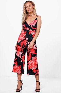 1f18bbdaa18 Boohoo Sophie Large Print Floral Culotte Jumpsuit Size 12 BNWT Red Uk  Freepost  fashion
