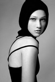 Nicole Fox Nicole Fox, America's Next Top Model, Exotic Beauties, Gorgeous Women, Redheads, High Neck Dress, Lady, People, Photography