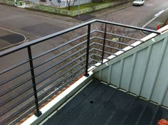 Balkongräcke med liggande ribbor Terrace, Pergola, Deck, Architecture, Garden, Balcony Ideas, Outdoor Decor, Home Decor, Projects