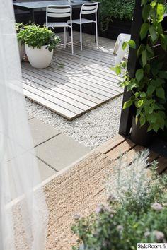 Rivitalopiha - Sisustuskuva jäseneltä jaana_k - StyleRoom. Outdoor Spaces, Outdoor Decor, Terrace, Dining, Decoration, Garden, Ideas, Home Decor, Outdoor Living Spaces