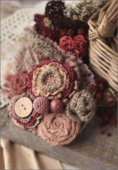 """Купить Брошь """"Пепел ягод"""" - брошь цветок, украшение в волосы, диадема, брошь, крупная брошь"""