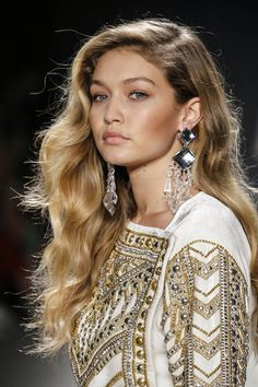 fashion style hair gigi hadid and high pony 5709 | ec1fa201e5709adc2baa2866aa2c75fe fashion models high fashion