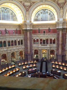 Court library was so big!!! I wish I could had see inside. I never thought that there would be so many books