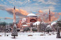 Турция, Стамбул 14 340 р. на 5 дней с 11 февраля 2018 Отель: FORS HOTEL 3* Подробнее: http://naekvatoremsk.ru/tours/turciya-stambul-35
