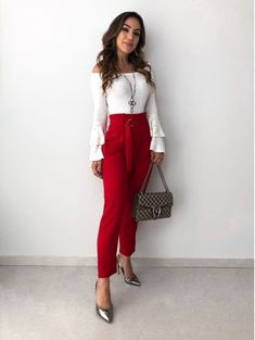 Casual Dress Outfits, Crop Top Outfits, Night Outfits, Classy Outfits, Beautiful Outfits, Look Fashion, Girl Fashion, Fashion Outfits, Red Trousers Outfit