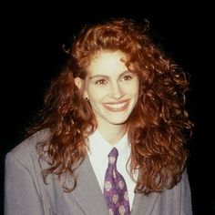 ugh, i want 80s era julia roberts permed hair!!! (and then i could cut it short and have a curly bob for once in my life!!)