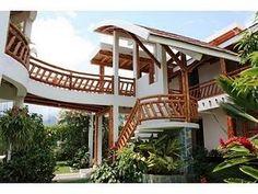 Casa chinauta - Paperblog Natural Architecture, Bamboo Architecture, Facade Architecture, Beautiful Architecture, Beautiful Buildings, Beautiful Homes, Bamboo House Design, Tropical House Design, Tropical Houses