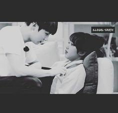 Lizkook Jungkook Fanart, Foto Jungkook, Korean Couple, Best Couple, Teenage Love Quotes, K Pop, Bts Kiss, Black Pink Songs, Kpop Couples