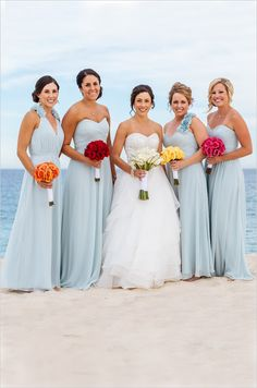 Beachy bridesmaid shot captured by Moshi Moshi Photography. #wchappyhour #weddingchicks http://www.weddingchicks.com/2014/10/09/moshi-moshi-photography/