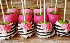 Kate spade bridal shower cookies black and white 24 Ideas for 2019 Kate Spade Party, Kate Spade Bridal, Baby Shower Kate Spade, Kate Spade Cake, Bridal Shower Tables, Bridal Shower Favors, Pink Themes, 50th Birthday Party, Candy Table
