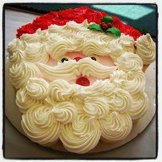 Santa pull apart cupcake cake