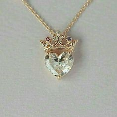 Crown heart necklace queen necklace pendant necklace sterling silver necklace statement necklace jewelry gift for queen gift for her Accessoires Cute Jewelry, Jewelry Gifts, Jewelry Necklaces, Heart Jewelry, Handmade Jewelry, Heart Necklaces, Etsy Jewelry, Jewlery, Pandora Jewelry