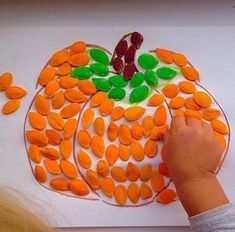 - Fall Crafts For Toddlers Halloween Crafts For Toddlers, Fall Crafts For Kids, Toddler Crafts, Halloween Kids, Art For Kids, Kindergarten Crafts, Preschool Crafts, October Crafts, Manualidades Halloween