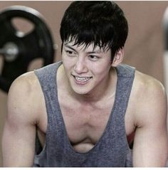 The Kim Jeha ❤❤ 지 창 욱 Ji Chang Wook ♡♡ that handsome and sexy look . Yoona Ji Chang Wook, Ji Chang Wook Abs, Ji Chang Wook Smile, Yeon Woo Jin, Ji Chan Wook, Choi Jin Hyuk, Jang Hyuk, Asian Actors, Korean Actors