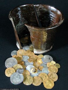 1640s gold and silver coin hoard found in West Yorkshire.