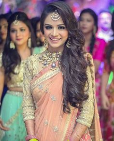 25 Beautiful Indian Wedding Hairstyle Ideas For Long