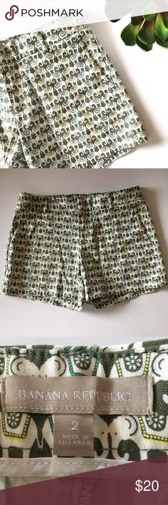 """Banana Republic Hampton fit elephant print shorts Adorable!!! Elephant print shorts in shades of green. Excellent condition! Front and back pockets. 16"""" across waist, 8.5"""" rise, 5"""" inseam. Cotton/spandex. Size 2. Banana Republic Shorts"""