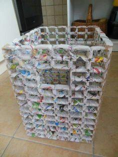 Super news paper art diy ideas Recycled Magazine Crafts, Recycled Paper Crafts, Recycled Magazines, Jute Crafts, Recycled Crafts, Diy Crafts, Newspaper Basket, Newspaper Crafts, Paper Furniture