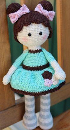 Preciosa Muñeca Tejida A Croch - Diy Crafts Crochet Doll Clothes, Knitted Dolls, Crochet Dolls, Amigurumi Patterns, Amigurumi Doll, Doll Patterns, Diy Crafts Crochet, Crochet Projects, Crochet Doll Pattern