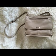 Vintage Liz Claiborne Cross Body This is a timeless Liz-soft genuine leather and a must have for the day to day! Reasonable offers accepted! Liz Claiborne Bags Crossbody Bags