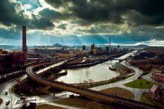 """Surréaliste ! Charleroi : Elue """"plus laide ville du monde"""