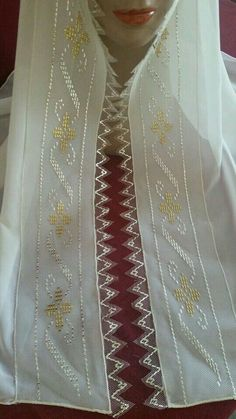 This Pin was discovered by ayş Beaded Embroidery, Hand Embroidery, Embroidery Designs, Weaving Patterns, Egyptian Art, Diy And Crafts, Fashion Dresses, Cross Stitch, Wedding Photography