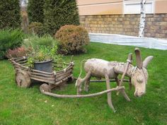 Wood Log Crafts, Wood Slice Crafts, Tree Crafts, Outdoor Projects, Garden Projects, Wood Projects, Wood Animal, Garden Deco, Wood Logs