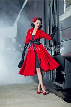 Retro Fashion Waaaaaaay too much money, but beautiful. le palais vintage Elegant Limited big red cashmere loose coat - Click Additional Info for Sizing Chart Looks Rockabilly, Mode Rockabilly, Rockabilly Fashion, 1950s Fashion, Vintage Fashion, Fashion 2018, Women's Fashion, Rockabilly Dresses, Dress Fashion