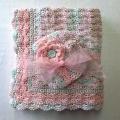 such pretty pastels for this baby blanket/bonnet