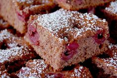 Recipes Snacks Salty Fast chocolate and cherry sheet cake by FLOK Cinnamon Cream Cheese Frosting, Cinnamon Cream Cheeses, Cake Recipes, Snack Recipes, Snacks, Easy Smoothie Recipes, Pumpkin Spice Cupcakes, Food Cakes, Fall Desserts