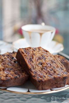 My Welsh friend Julie shows Recipes Made Easy how simple it is to make a traditional Welsh Bara Brith