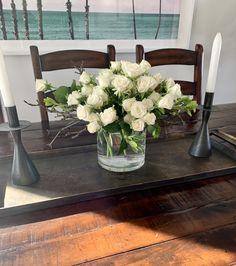 Quince Centerpieces, White Floral Centerpieces, Centerpiece Ideas, Cops, Wedding Bells, Glass Vase, Home Decor, Principal Ideas, Decoration Home