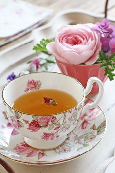 【キャンセル待ち承ります】6月「バラ」7月「アールグレイ」お茶×お菓子×テーブルレッスンの画像 | Lilyのお茶時間inSingapore